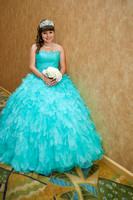 quinceaneras, weddings, Family pictures, head shots in almansor